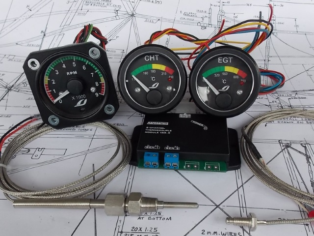 Set of instruments for cylinder engines 2T